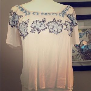 Size medium embroidered flowers white blouse